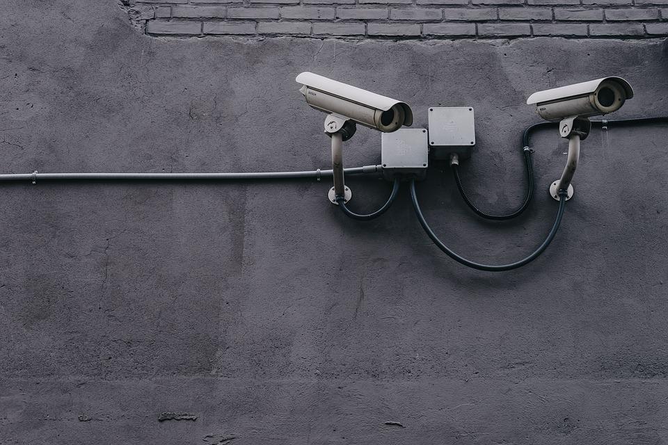 Servicios Relacionados con Seguridad Electrónica